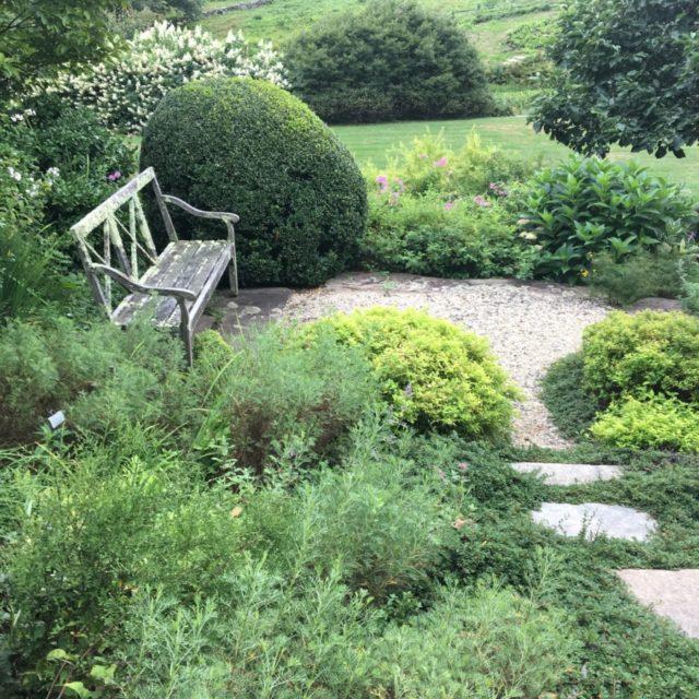 Hollister House Garden Bench